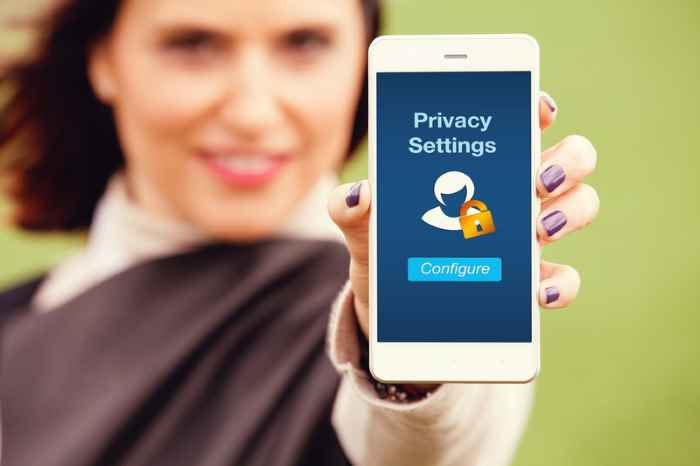 """Apple Bites Back at Google Over Privacy as a """"Luxury Good"""" Criticism Recently, Google CEO Sundar Pichai indirectly commented that Apple is turning privacy into a luxury good. In an op-ed for The New York Times, Pichai wrote that """"privacy cannot be a luxury good offered only to people who can afford to buy premium products and services."""" While Pichai didn't explicitly state Apple's name, the comment came right after Apple advertised the privacy benefits their $999 phone would offer. In response, Apple software chief Craig Federighi has said that he doesn't buy into the criticism that Apple is turning privacy into a luxury good, dismissing the idea in an interview with The Independent."""